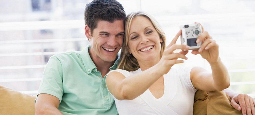 יחסים דרך אתרי היכרויות